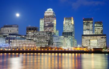 LBS expert welcomes crackdown on CEO pay